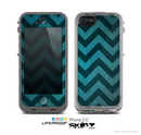 The Teal Grunge Chevron Pattern Skin for the Apple iPhone 5c LifeProof Case
