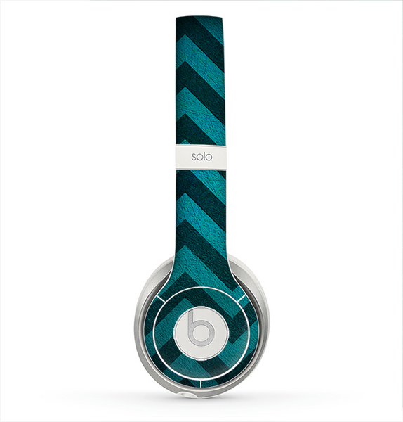 The Teal Grunge Chevron Pattern Skin for the Beats by Dre ...