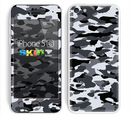 The Traditional Black & White Camo Skin for the Apple iPhone 5c