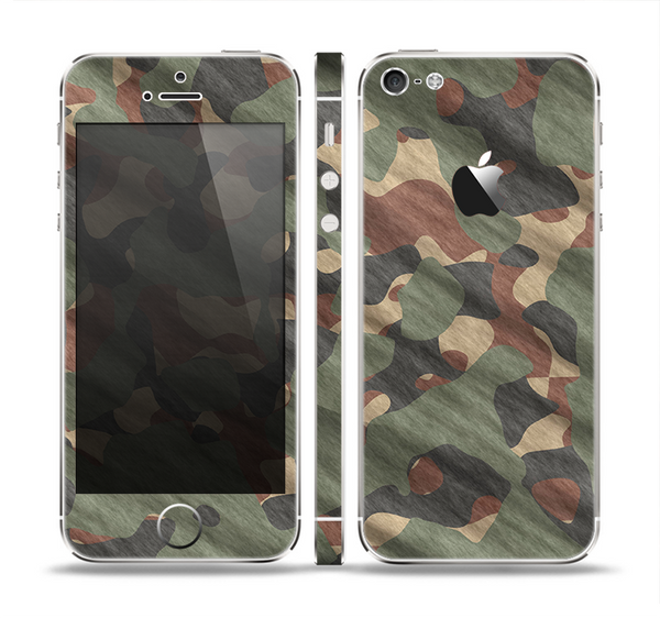The Traditional Camouflage Fabric Pattern Skin Set for the Apple iPhone 5