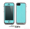 The Trendy Blue & White Sharp Chevron Pattern Skin for the Apple iPhone 5c LifeProof Case