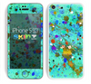 The Trendy Green with Splattered Paint Droplets Skin for the Apple iPhone 5c