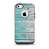 The Trendy Teal to White Aged Wood Planks Skin for the iPhone 5c OtterBox Commuter Case