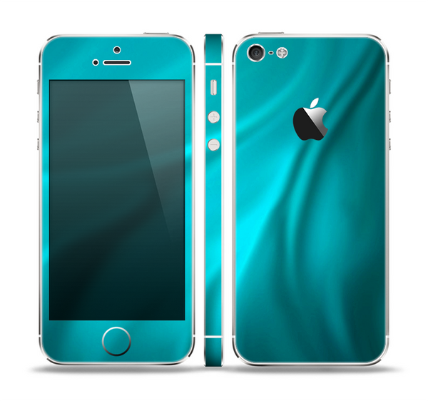 The Turquoise Blue Highlighted Fabric Skin Set for the Apple iPhone 5