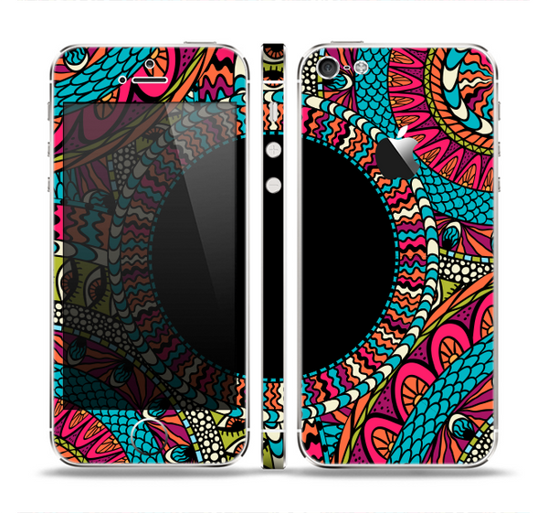 The Vector Colored Aztec Pattern WIth Black Connect Point Skin Set for the Apple iPhone 5