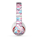 The Vector Pink & White Modern Aztec Pattern Skin for the Beats by Dre Studio (2013+ Version) Headphones