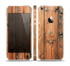 The Vertical Raw Aged Wood Planks Skin Set for the Apple iPhone 5s