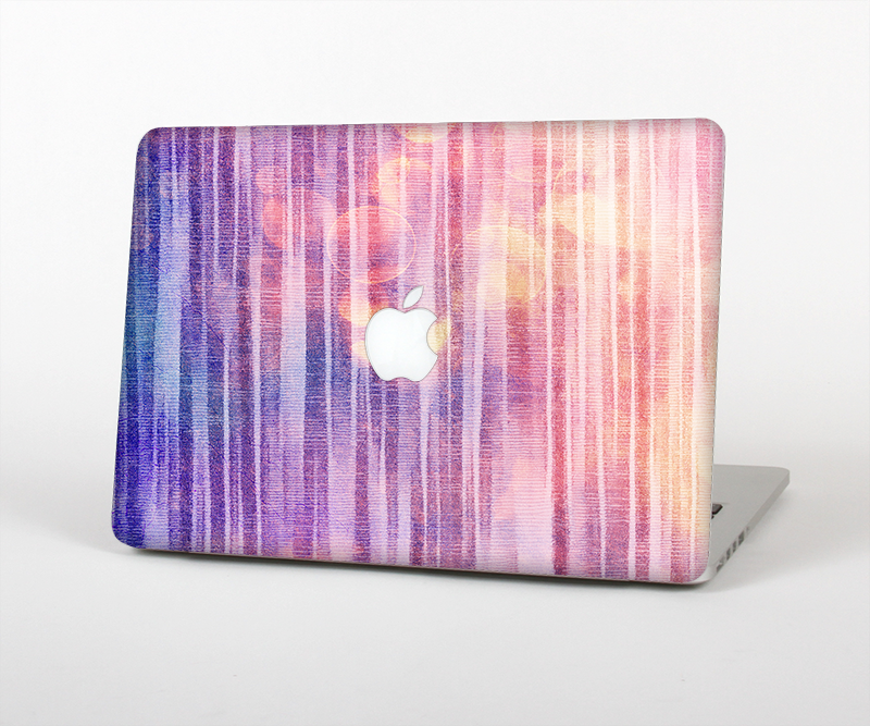 "The Vibrant Fading Purple Fabric Streaks Skin Set for the Apple MacBook Pro 15"" with Retina Display"