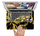 "The Vibrant Gold Butterfly Outline Skin Set for the Apple MacBook Pro 15"" with Retina Display"