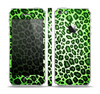 The Vibrant Green Leopard Print Skin Set for the Apple iPhone 5