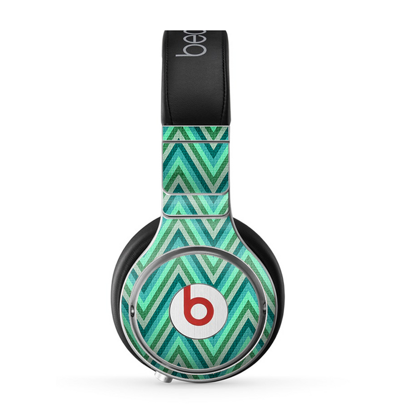 The Vibrant Green Sharp Chevron Pattern Skin for the Beats by Dre Pro Headphones