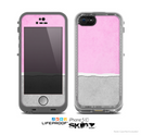 The Vintage Gray & Pink Texture Skin for the Apple iPhone 5c LifeProof Case