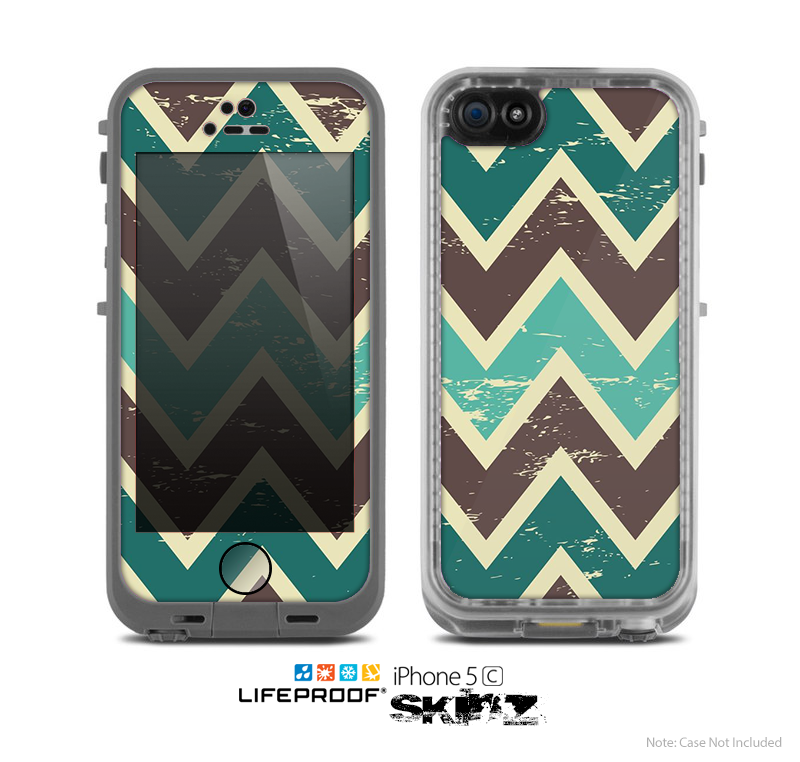 The Vintage Green & Tan Chevron Pattern V3 Skin for the Apple iPhone 5c LifeProof Case