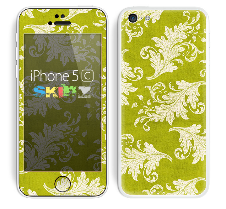 The Vintage Green & White Floral Pattern Skin for the Apple iPhone 5c
