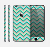 The Vintage Subtle Greens Chevron Pattern Skin for the Apple iPhone 6