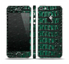 The Vivid Green Crocodile Skin Skin Set for the Apple iPhone 5
