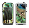 The Watered Peacock Detail Apple iPhone 4-4s LifeProof Fre Case Skin Set