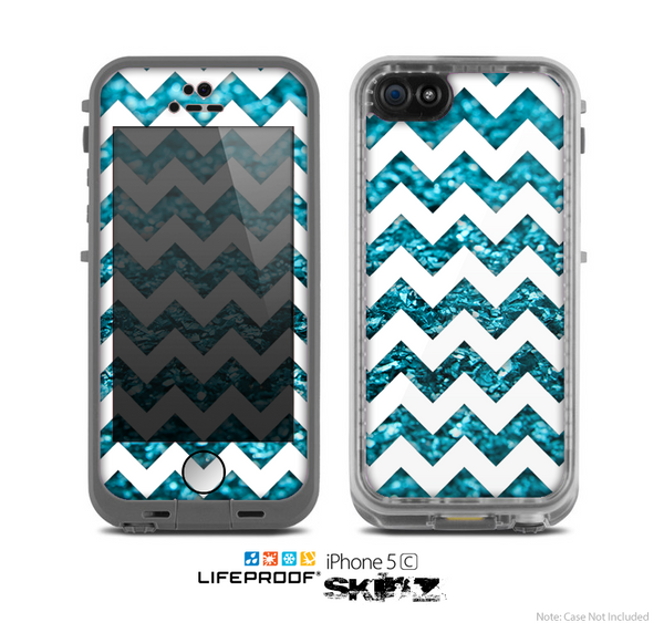 The White Chevron & Turquoise Glimmer Skin for the Apple iPhone 5c LifeProof Case