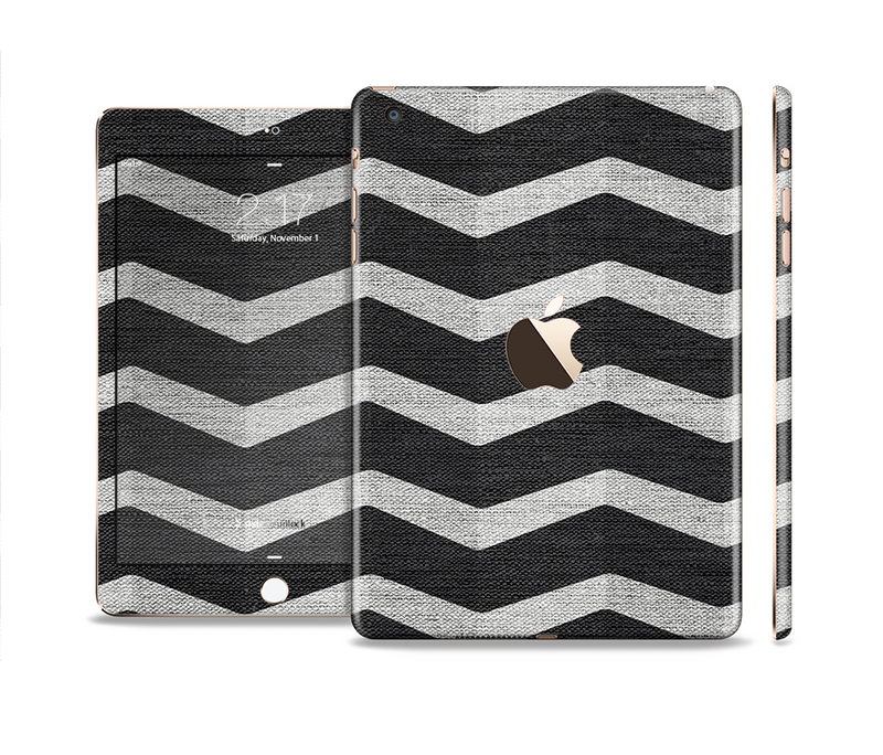 The Wide Black and Light Gray Chevron Pattern V3 Full Body Skin Set for the Apple iPad Mini 3