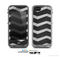 The Wide Black and Light Gray Chevron Pattern V3 Skin for the Apple iPhone 5c LifeProof Case