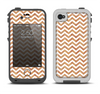 The Wood & White Chevron Pattern Apple iPhone 4-4s LifeProof Fre Case Skin Set