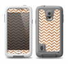 The Wood & White Chevron Pattern Samsung Galaxy S5 LifeProof Fre Case Skin Set