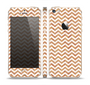 The Wood & White Chevron Pattern Skin Set for the Apple iPhone 5s