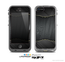 The Zig Zag Gray Wood Grain Skin for the Apple iPhone 5c LifeProof Case