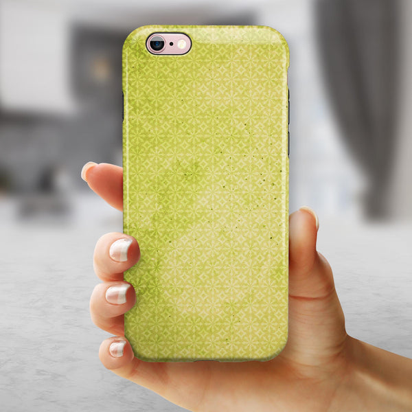 Transparent Fog over Lime Snowflake Pattern iPhone 6/6s or 6/6s Plus 2-Piece Hybrid INK-Fuzed Case