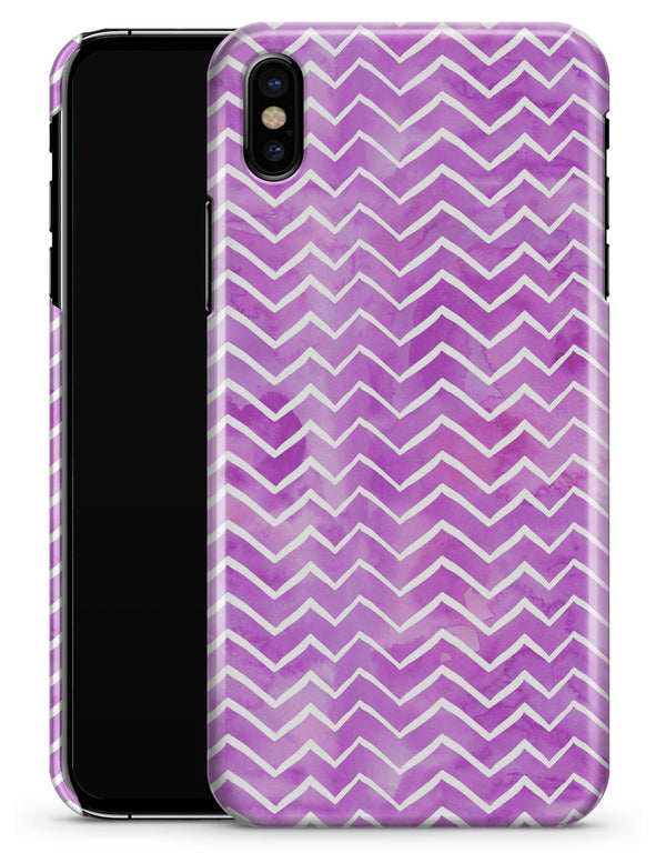 White Chevron Over Purple Grunge Surface - iPhone X Clipit Case