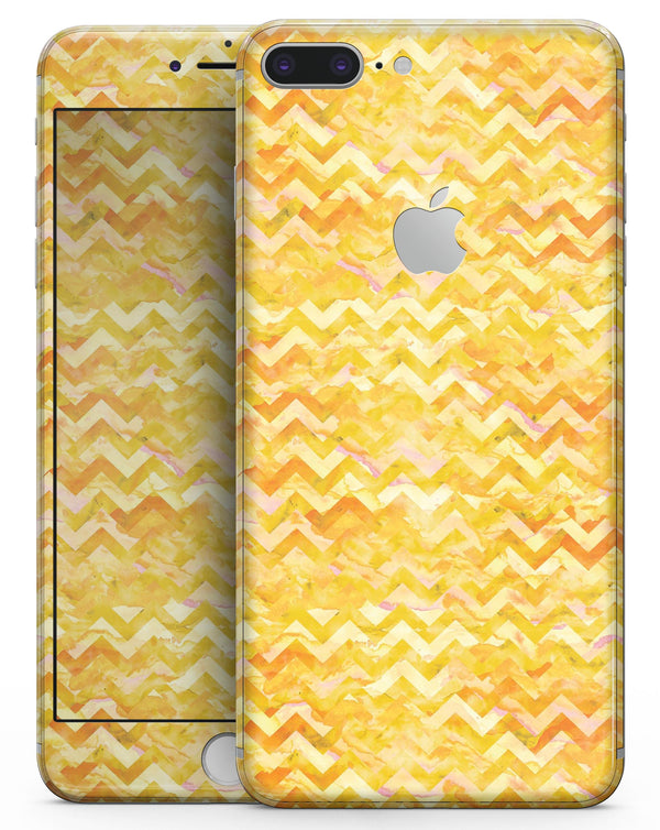 Yellow Basic Watercolor Chevron Pattern - Skin-kit for the iPhone 8 or 8 Plus