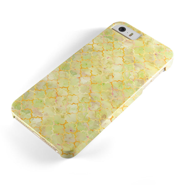 Yellow_Watercolor_Quatrefoil_-_iPhone_5s_-_Gold_-_One_Piece_Glossy_-_V1.jpg