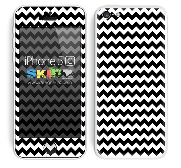Zig Zag V2 Chevron Pattern White and Black Skin For The iPhone 5c