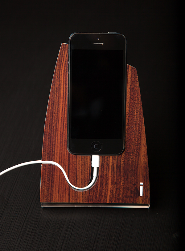 Walnut Wood iStand for the iPhone 4/4s or 5