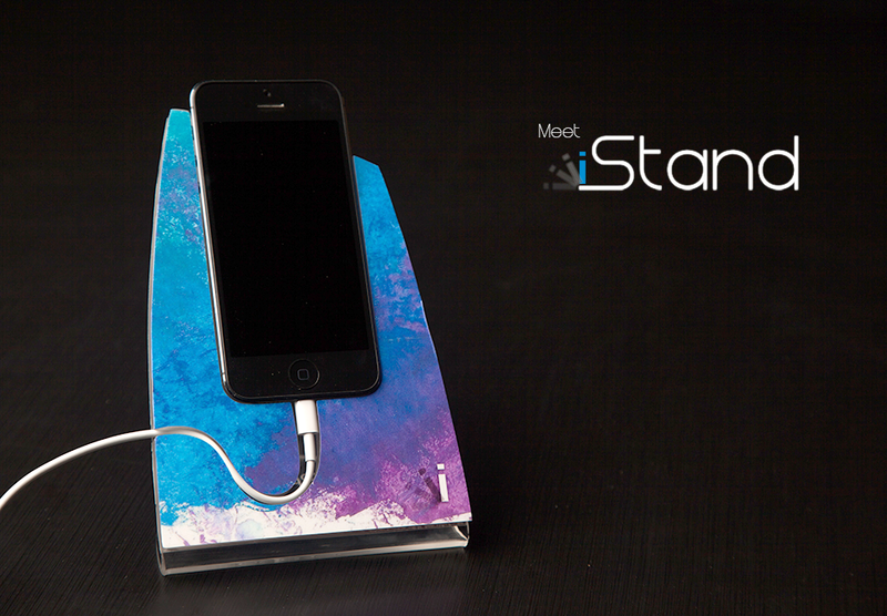 Pastel iStand for the iPhone 4/4s or 5