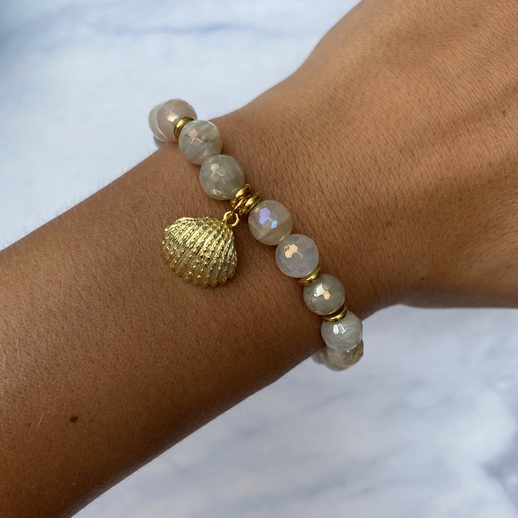 Gold Collection - Moonstone Stone Bracelet with Seashell Gold Charm