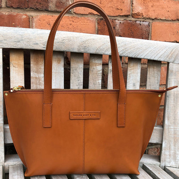 Taylor Kent & Co Medium Tote in Tan