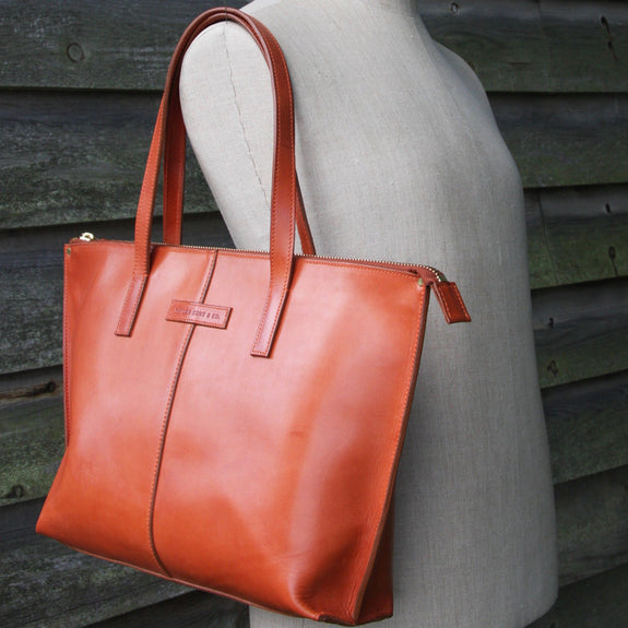 Taylor Kent English Bridle Leather Tote Bag in Tan on Mannequin