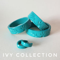 Ivy fakelite carved jewellery set.  Bangles & earrings