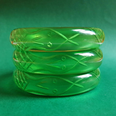 Sally Snake Charmer bangle - Transparent Green *Sale!* - Bow & Crossbones LTD