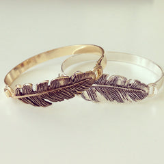 Antique Feather Bold Bangle