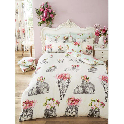 Sketch Line Double Duvet Cover Set Front