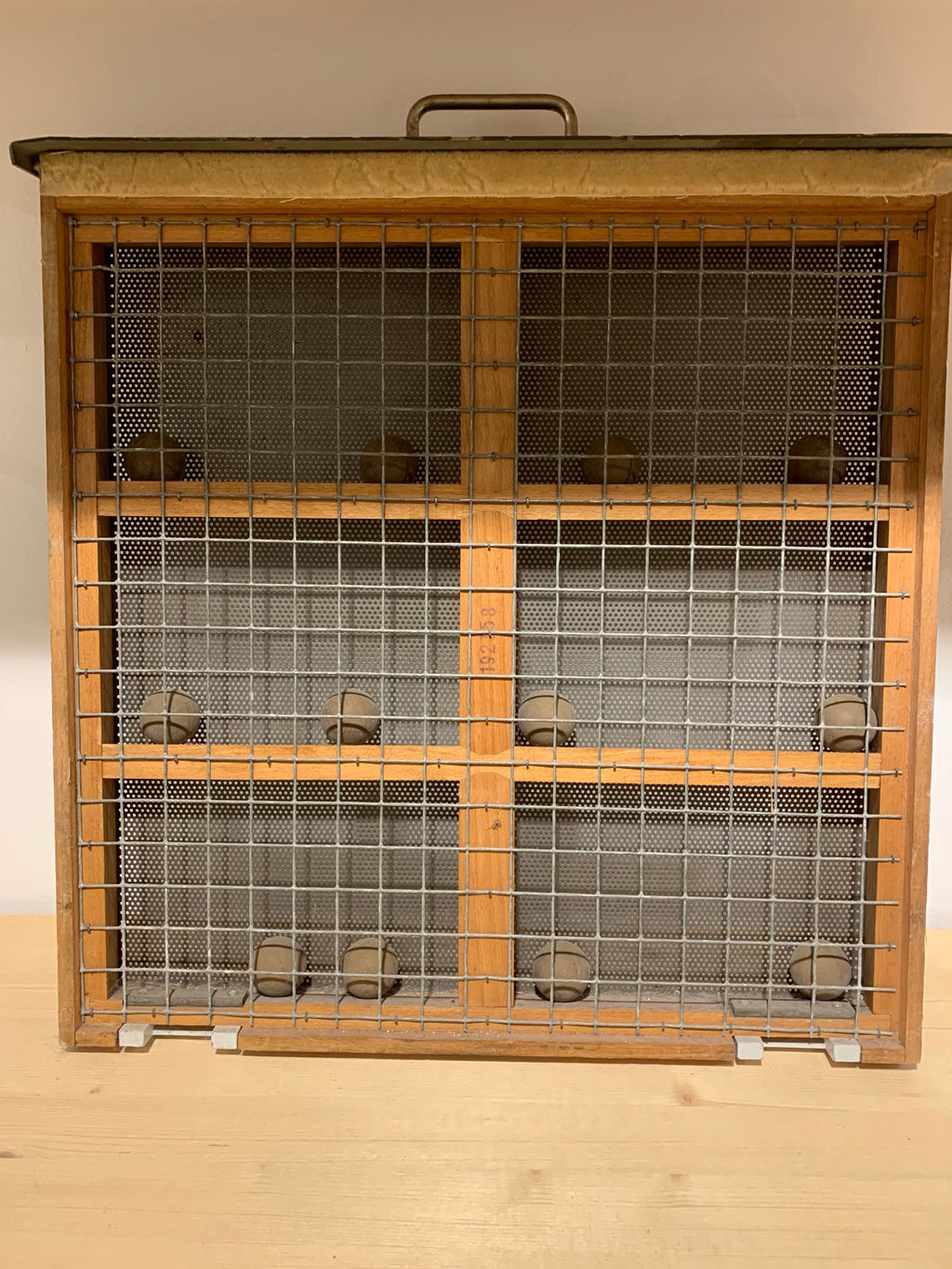 Metal cage decoration
