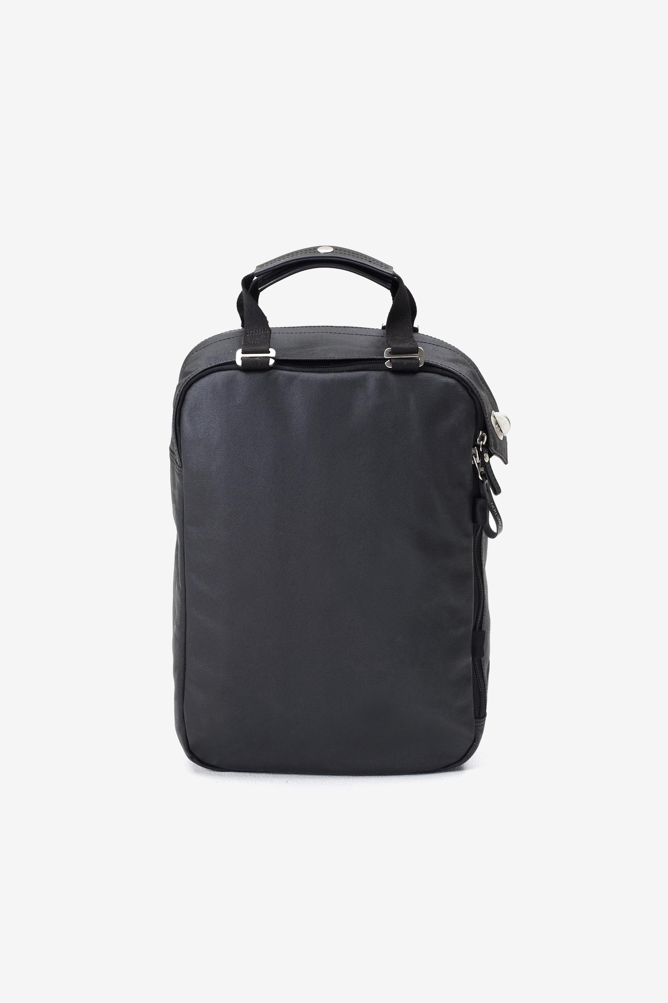 Daypack Organic Jet Black, Bags, QWSTION - Six and Sons