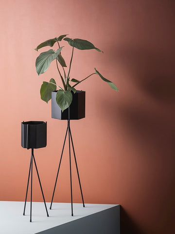 Plant Stand - Black - High (passer med Pot XL), Interior, Ferm Living - Six and Sons