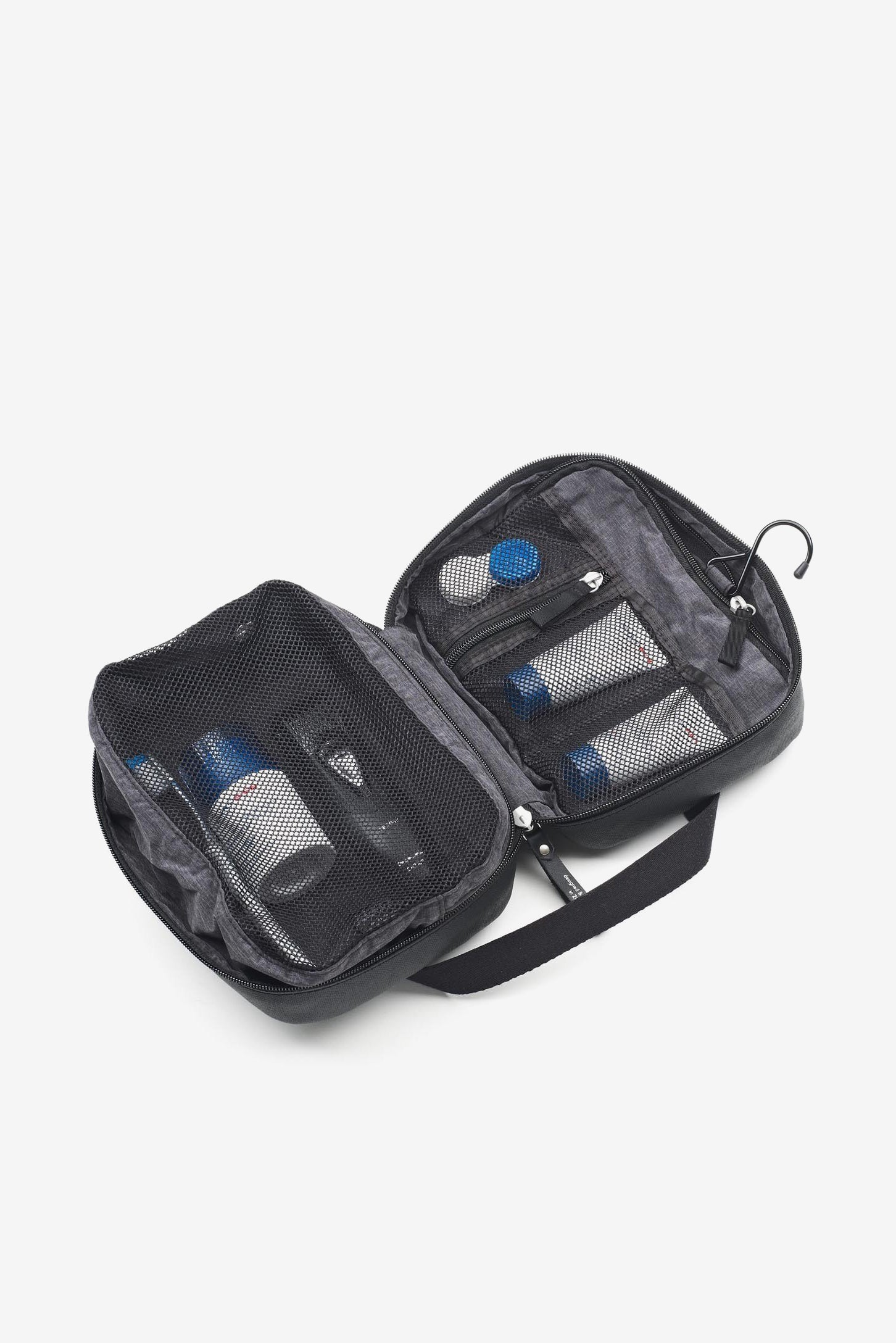 Toiletry Kit Organic Jet Black, Bags, QWSTION - Six and Sons