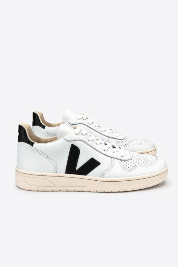 Pack Man V10 Leather Extra White Black, Shoes Men, Veja - Six and Sons