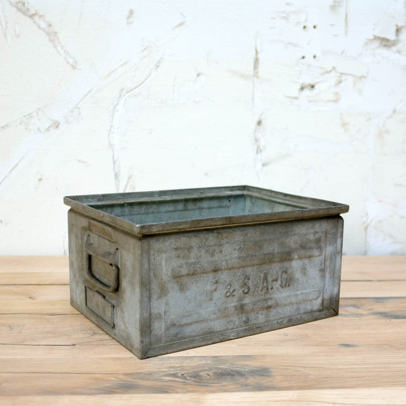 Vintage Metal basket, Vintage, Vintage Finds - Six and Sons