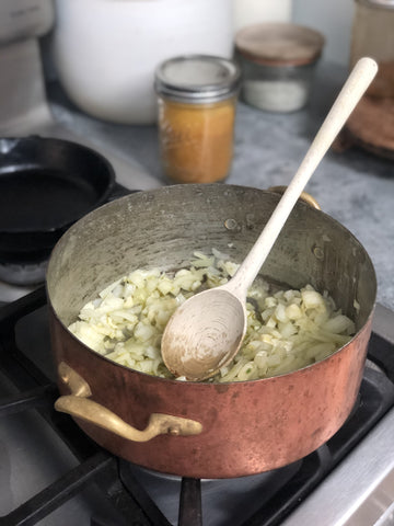 Stir the Onion & Garlic for 1 minute