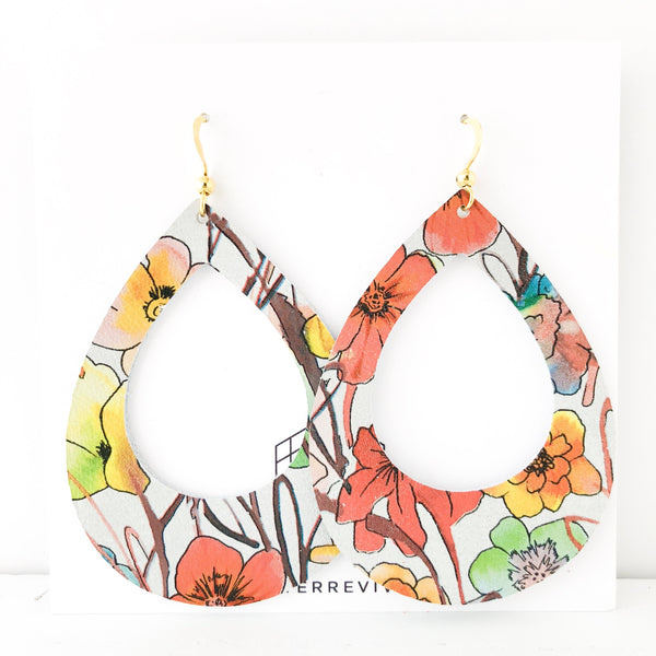 Poppy Field Genuine Leather Teardrop Cutout Hoop Earring